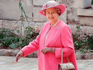 5 Style Lessons We Learned from the Queen — and How You Can Get the Looks