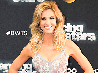 Erin Andrews' DWTS Blog: She Found Her Dress While Online Shopping!