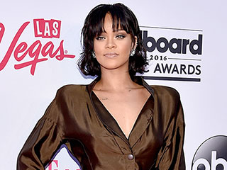 Rihanna Looks Ready for Work, Work, Work, Work, Work in Surprisingly Demure Outfit at the Billboard Music Awards