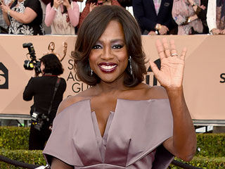 Viola Davis Is a Master at Applying False Lashes and Contouring (Is There Anything She Can't Do?)