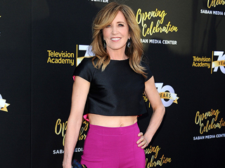 Felicity Huffman, 53, Wears Tiny Crop Top on the Red Carpet (and Looks Amazing!)