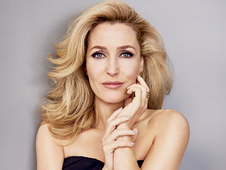 Gillian Anderson on Aging Gracefully: 'There Will Always Be the Desire to Stop the Process'