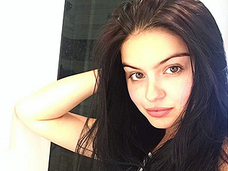 Ariel Winter Goes 'Back to Black' with Her Hair Color – and Her Fans Are Freaking Out
