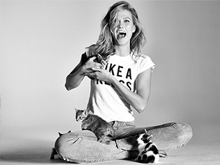 Go Behind the Scenes of Karlie Kloss' New Express Denim Campaign! (PS: There Are Kittens!)