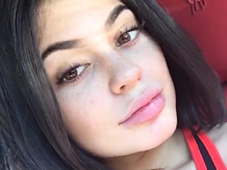 Kylie Jenner Just Spent an Entire Day Without a Drop of Makeup