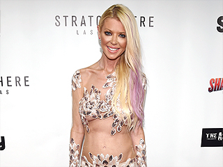 Tara Reid Bares Almost All in Naked Dress at the Sharknado 4 Premiere