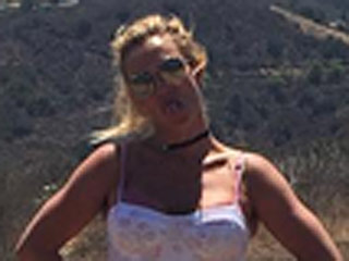 Britney Spears' Stylish Hike Includes Her Own Olympics-Level Obstacle Course