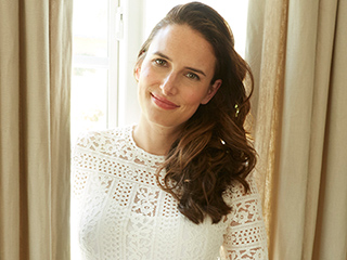 Comedian Jessi Klein Scores Her First Modeling Gig for LOFT: 'It's Pretty Hilarious'