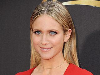 Brittany Snow Weighs in on the Choker Trend: 'I Feel Like I Was the O.G. Choker Wearer'