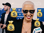 'I'm Feeling Like Money Tonight!' Everyone at the VMAs Picks the Emojis That Match Their Looks