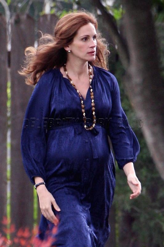 julia roberts pregnant twins