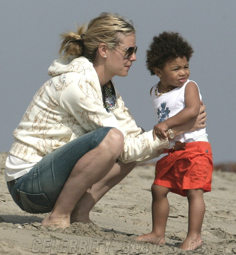 heidi klum and seal kids. Heidi Klum was #39;built to have