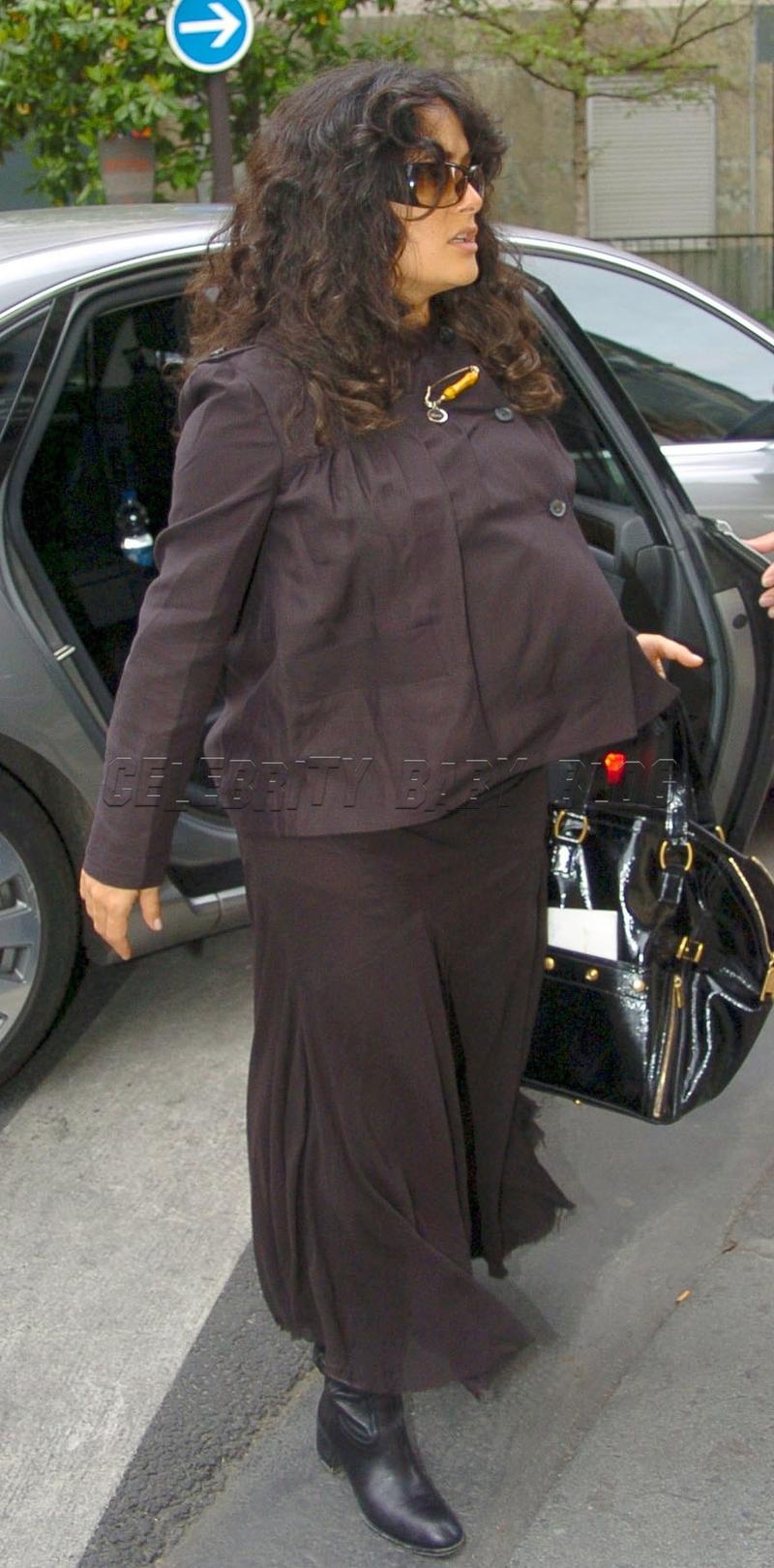 salma hayek pregnant belly