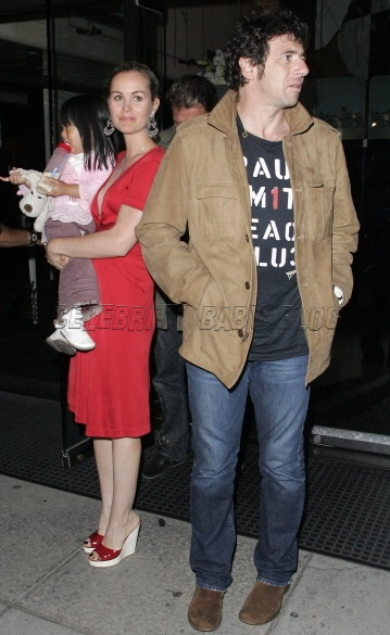 french singer johnny hallyday wife and daughter eat at mr chow u2013 moms u0026 babies u2013 celebrity
