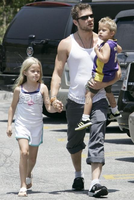 Ava Phillippe – Moms & Babies – Celebrity Babies and Kids ... Ryan Phillippe Children