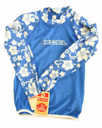 Blue_floral_rash_guard