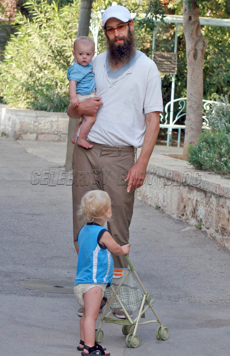 Matisyahu and sons in jerusalem moms amp babies celebrity babies