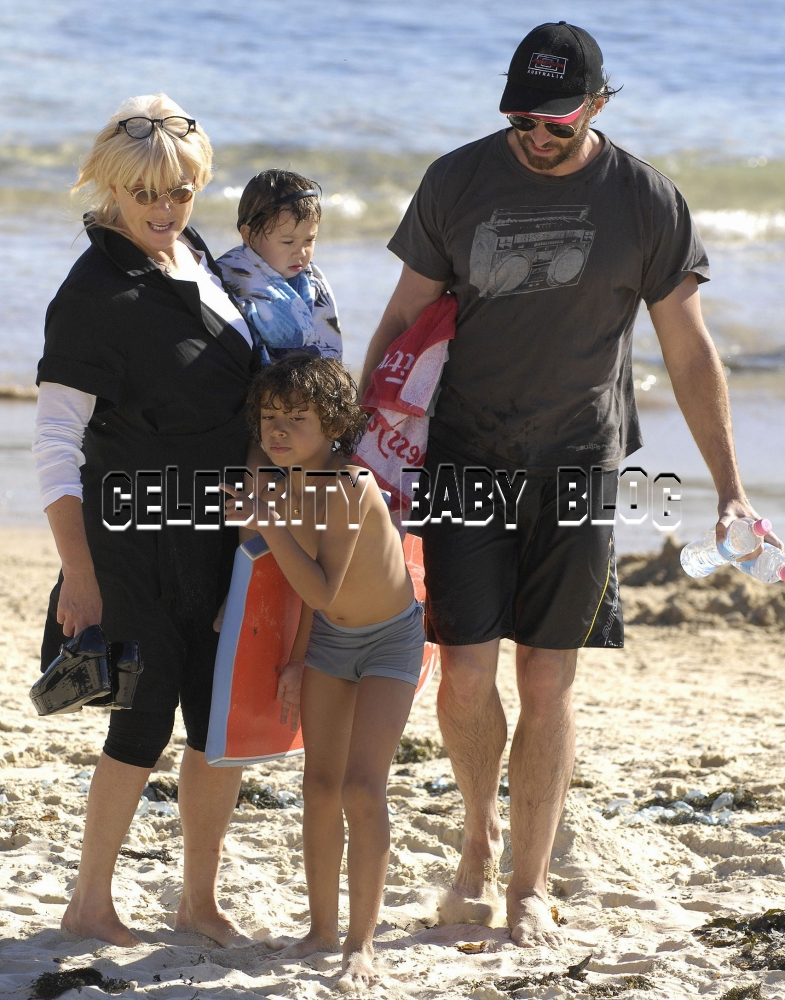 Hugh Jackman Wife Beach