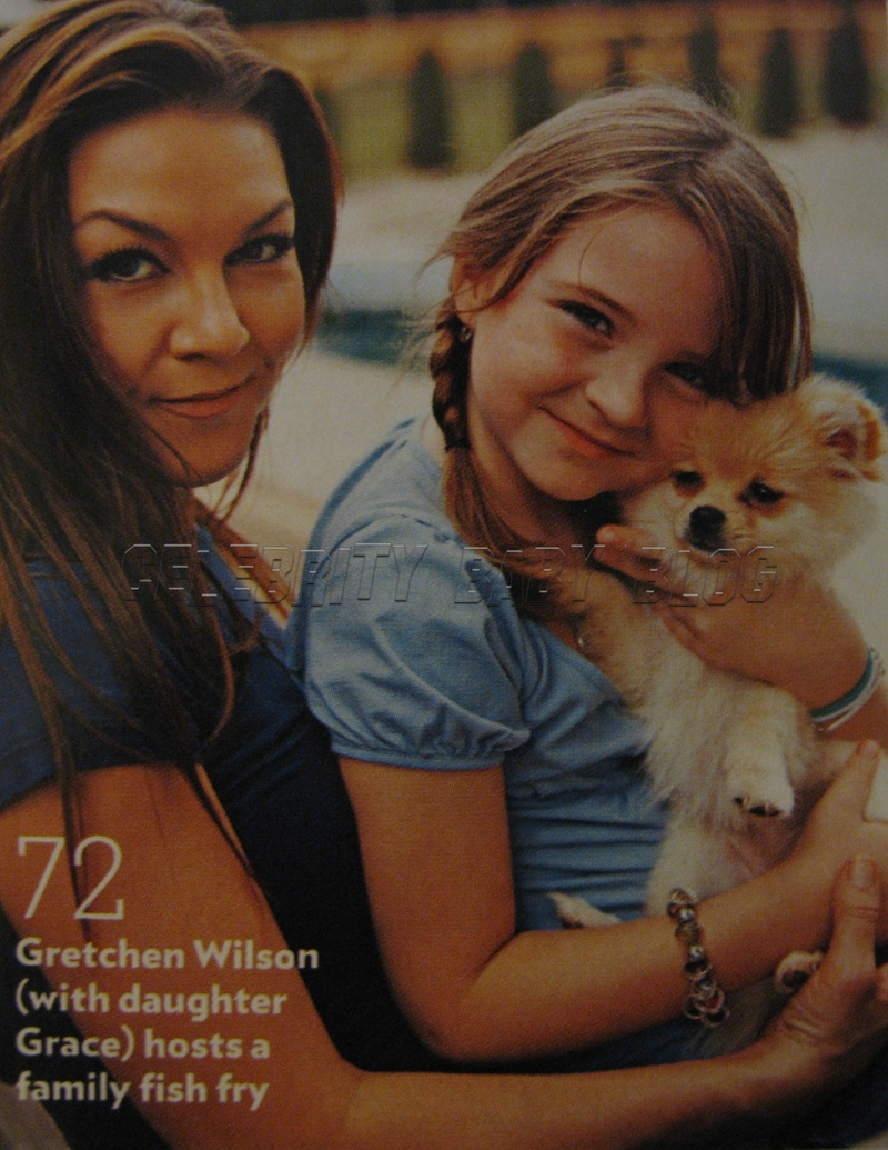 Gretchen Wilson and Grace enjoy a fish fry