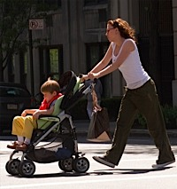 11731_nanny_diaries_screen_stroller