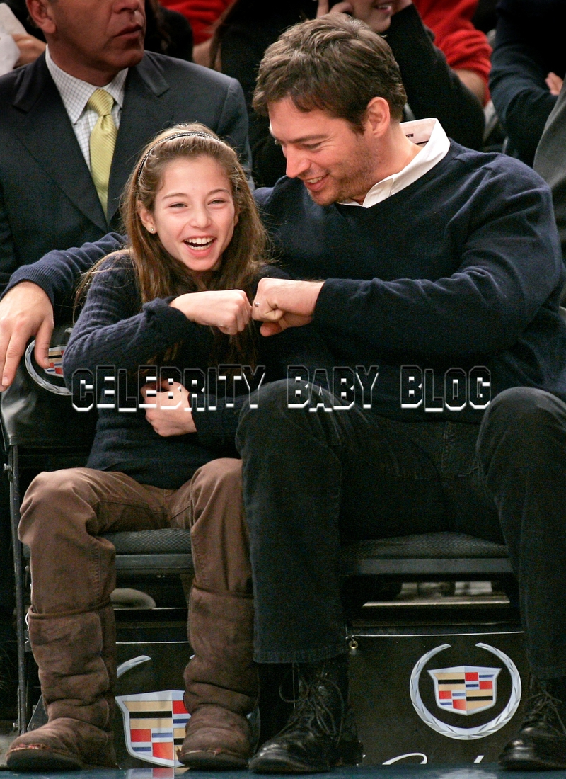 Robert Downey Jr. Comforts a Child Disappointed Not to Meet Iron Man