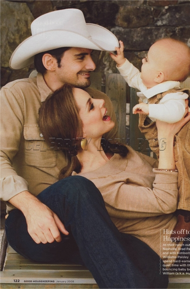 Brad Paisley starting traditions this Christmas – Moms & Babies ...