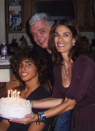 Kristian Alfonso and family
