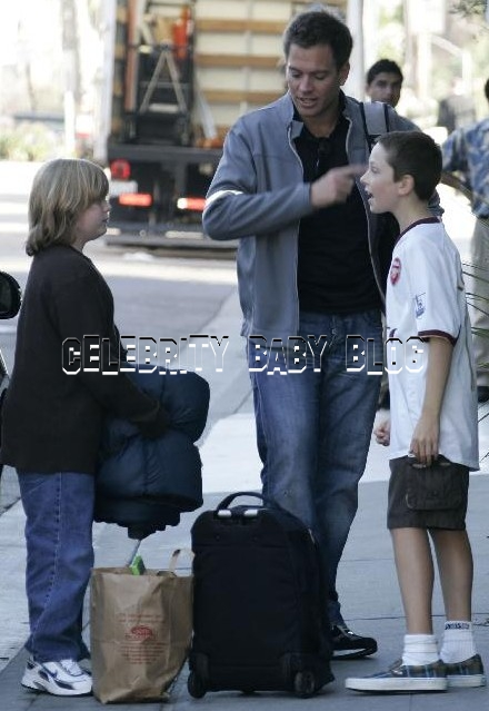 michael weatherly and son august