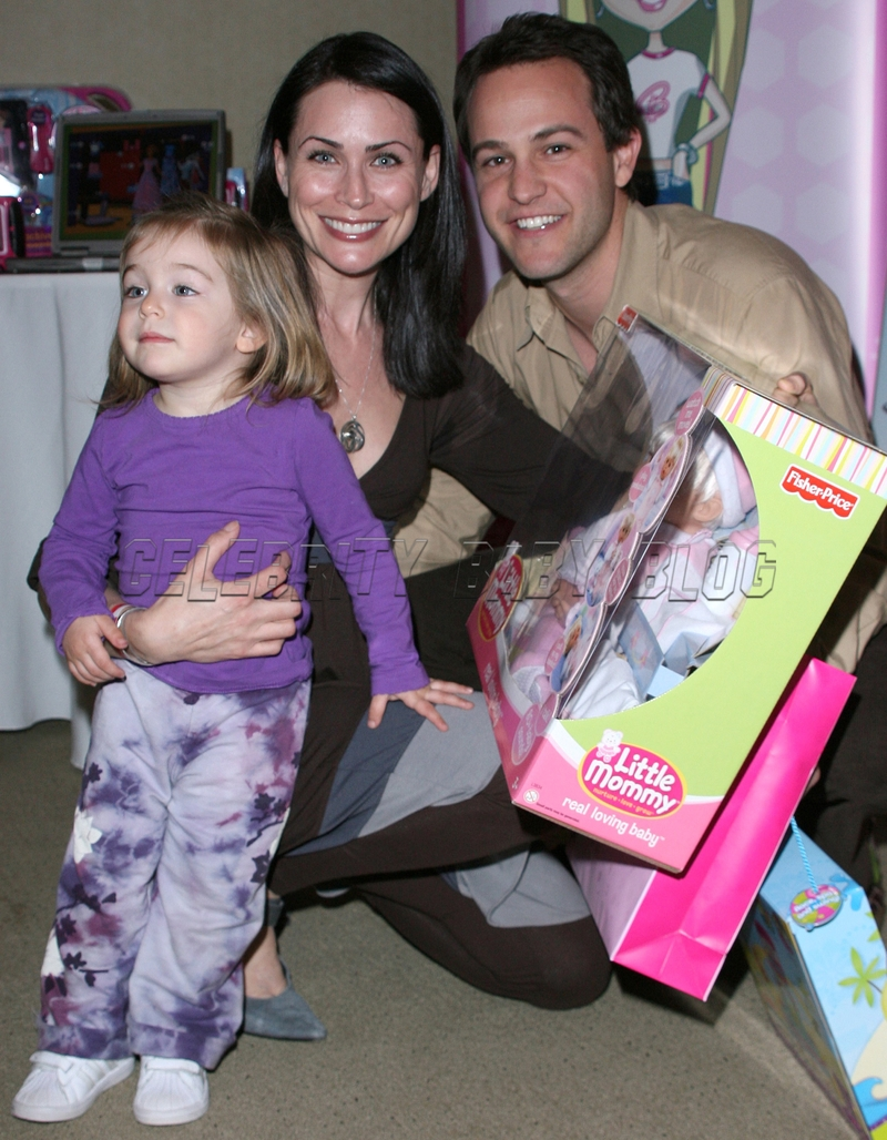 Rena Sofer daughters