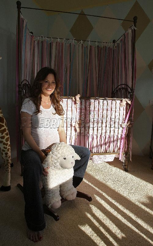 Brooke Burke Prepares Nursery For Rain And New Son Moms