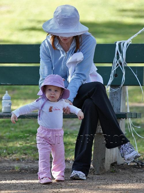 Marcia Cross And Girls Spend The Day At The Park Moms