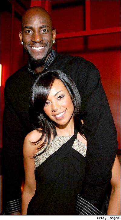 NBA player Kevin Garnett and wife welcome first child, a daughter