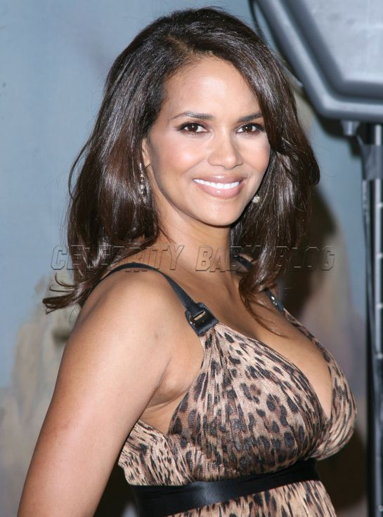 Halleberry103237_cbb_3