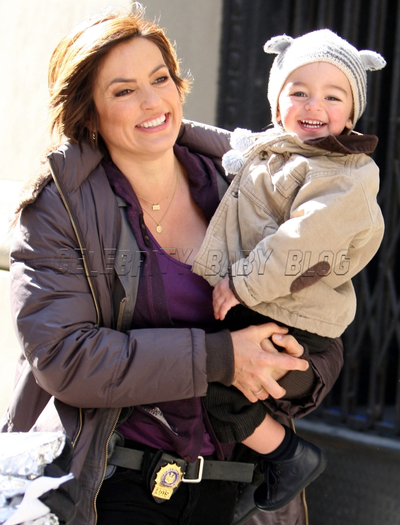 Mariska_hargitay_m_b_gr_02_cbb