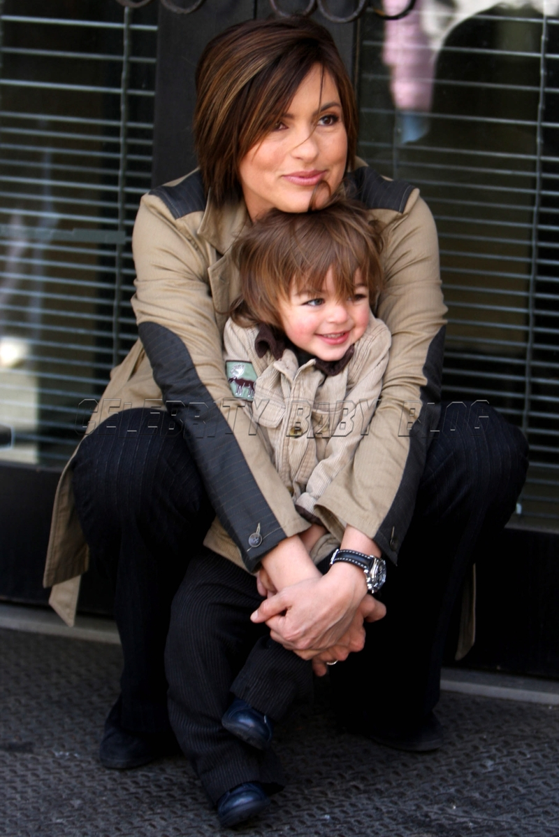Mariska Hargitay and August on Law & Order: SVU set