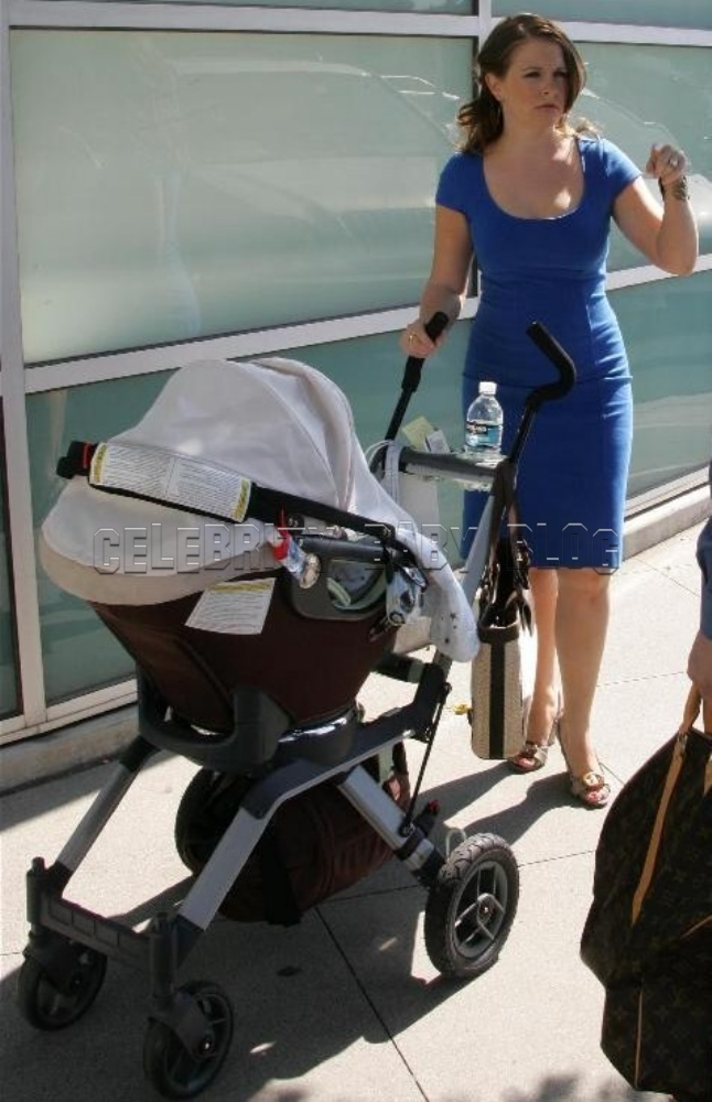 Melissa Joan Hart Out With Brady On Thursday Moms