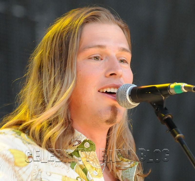Forget singing jason michael carroll wants to be a great dad