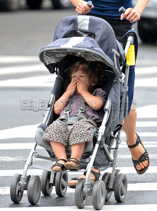 List celebrity moms their babies