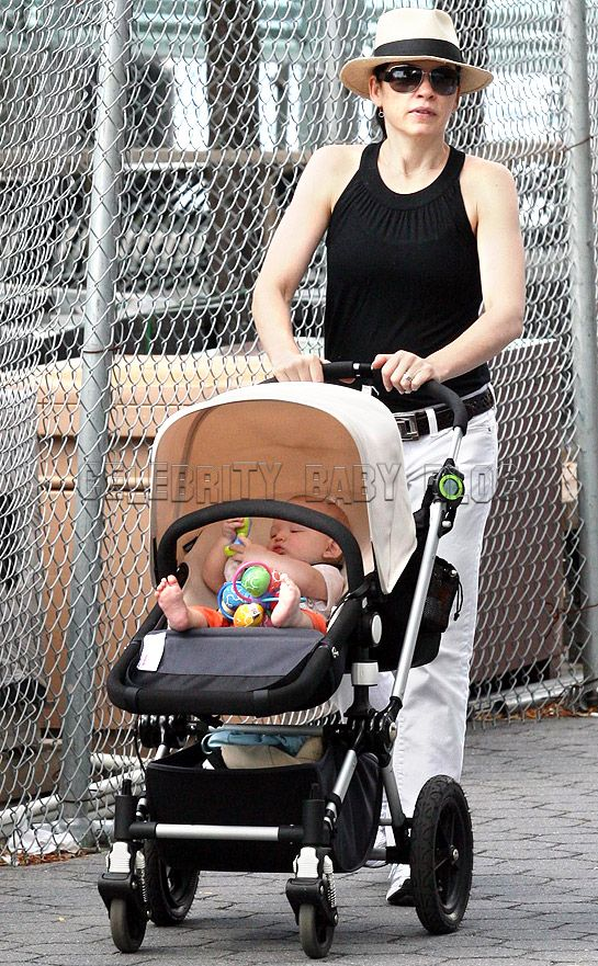 59 Best Celebrities and their Buggies images | Baby buggy ...