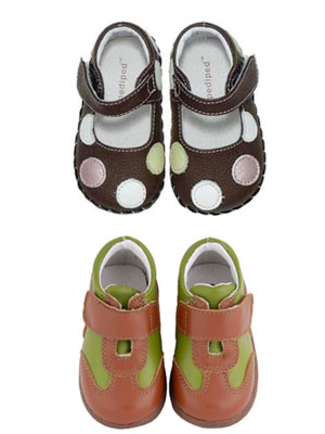 What to Look For: Shoes for New Walkers   Moms & Babies