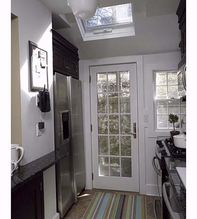 Modular kitchen plywood doorsmodular kitchen plywood doors for Kitchen back door with window