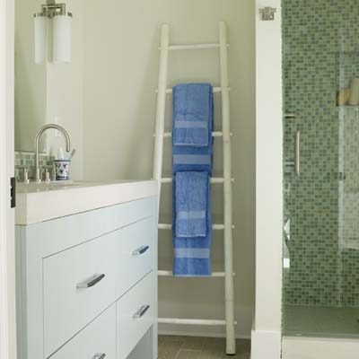 Use a ladder as a bath towel rack  Design Caller Selected Spaces 6  Brilliant Original. Towel Ladders For Bathrooms