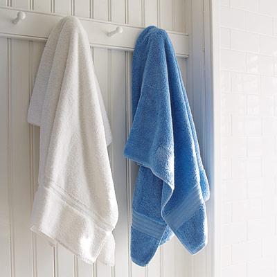 kids bathroom with towel pegs