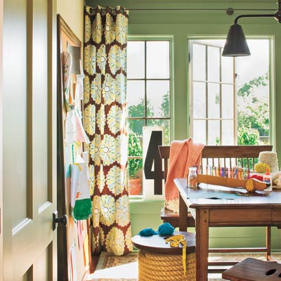 This old house pick the perfect paint color - Paint colors for small spaces ...