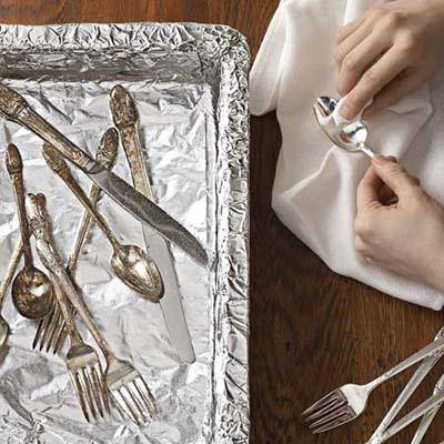 aluminum foil 10 أفكار جديدة  الرول الورقي حق السفرة ومناديل الحمام
