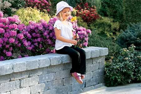 How to build a cinder block retaining wall - by Jim Bessey - Helium