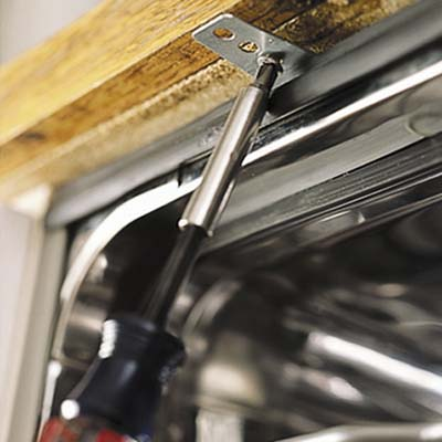 Countertop Dishwasher Mount Kit : fasten dishwasher underside of the countertop with the dishwasher ...