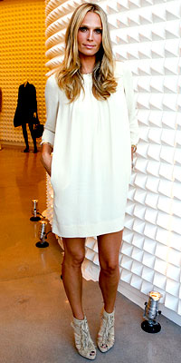 Molly Sims in 3.1 Phillip Lim