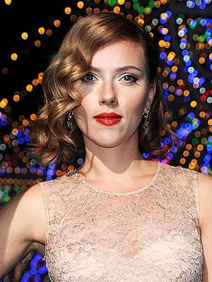Scarlett Johansson Honey Facial