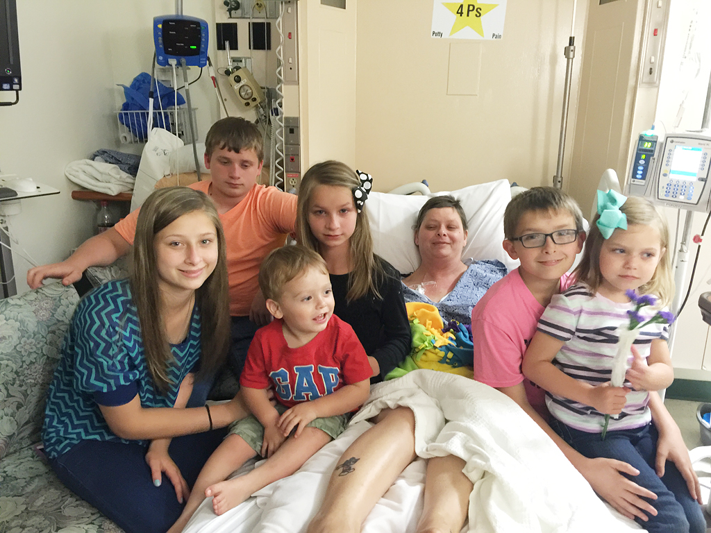 Virginia Mom of 3 Says Her 'Purpose in Life' Was to Grant Best Friend's Dying Wish to Look After Her 6 Children| Adoption, Real People Stories